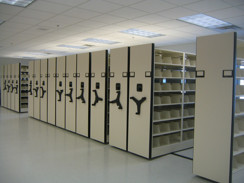 Superior Automatic Mobile Shelving With Aisle Lock